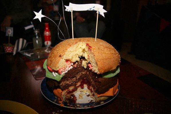 gâteau hamburger