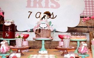 L'anniversaire d'Iris en rose et vert sur le thème du cheval