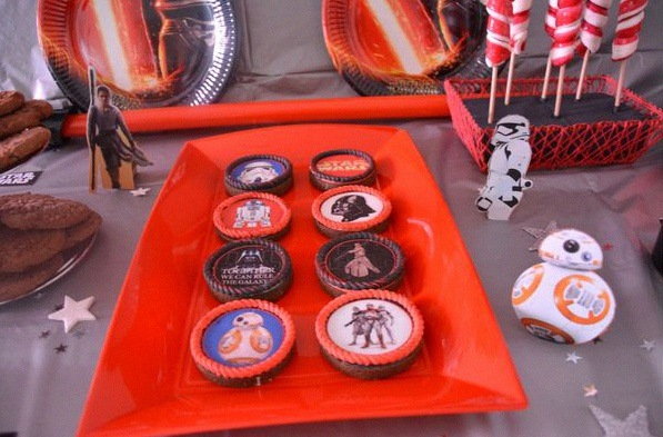 sweet table anniversaire thème star wars décoration star wars