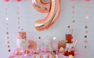 L'anniversaire de Jade : rose gold et étoiles pour ses 9 ans