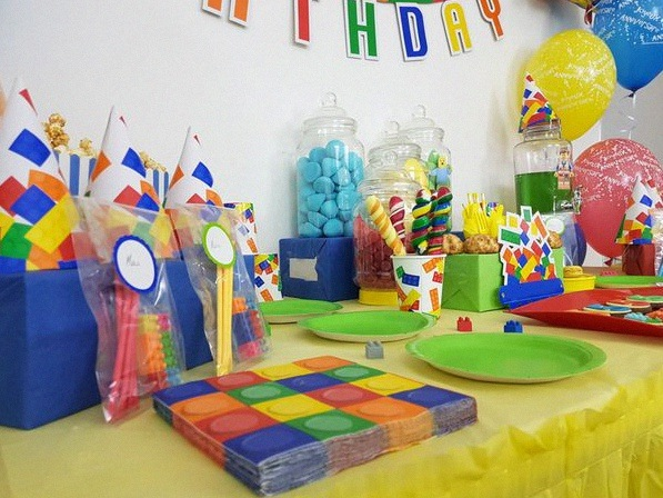 Lego Party Le 5e Anniversaire De Jules Sur Le Thème Lego