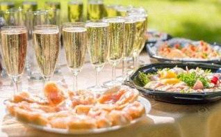 Tendances food : les meilleurs apéritifs pour un cocktail ou un vin d'honneur