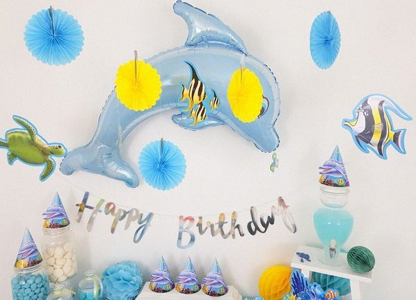 sweet table anniversaire 2 ans décoration dauphin
