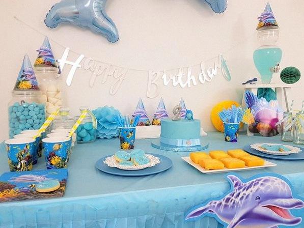 déco d'anniversaire dauphin
