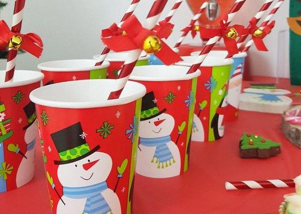 Sweet table de Noël vaisselle