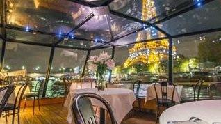 Avantages de la location de péniche pour un mariage ou un anniversaire à Paris