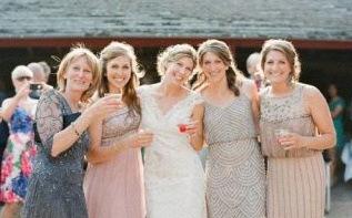 Tenue d'invité de mariage : les tendances de l'année